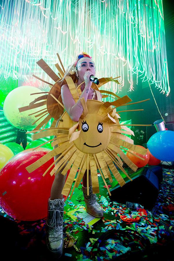 Miley Cyrus15